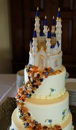 drage passion vous aide raliser des economie pour votre mariage en vous proposant un cake topper figurine pour gateau en forme de chateau de la - Gateau Dragee Mariage