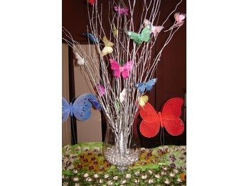 butterfly centerpieces centerpieces and butterflies on pinterest. Black Bedroom Furniture Sets. Home Design Ideas