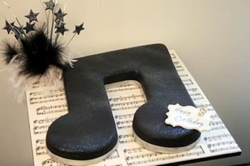 ... -gateau-de-mariage-theme-instruments-de-musique-notes-clef-de-sol.jpg